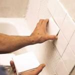 Как правильно положить кафельную плитку в ванной на пол и стену